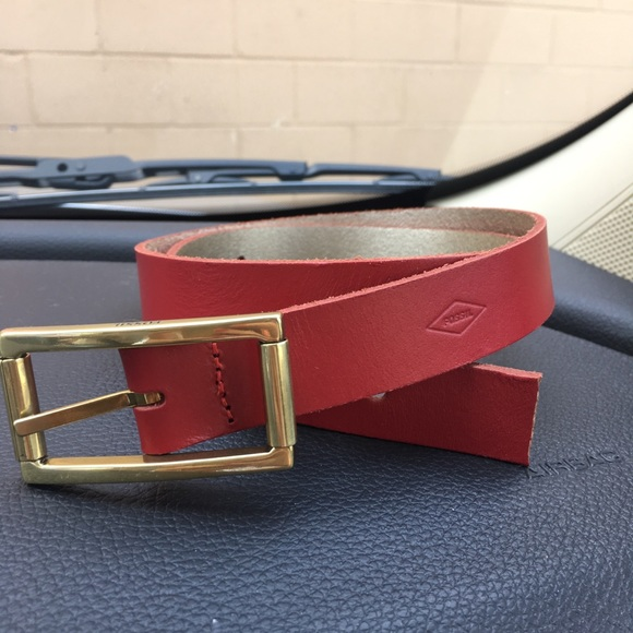 Fossil Accessories - Red Fossil belt small